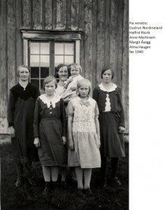 Gudrun Nordmeland, Halfrid Risvik,Anne Martinsen, Margit Åsegg, Åsta Åsegg, Alma Haugen før 1940x